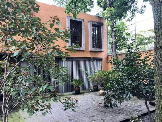 Casa En Venta De 3 Recámaras, Sala De Tv, En Chimalistac, A Obregón, Cdmx
