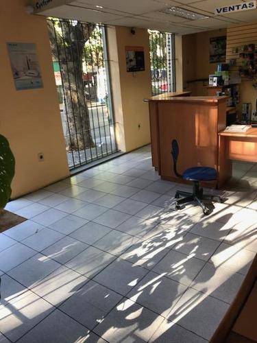 Venta Local Comercial 2 Plantas Privilegiada Ubicación Calle Rivera Pocitos