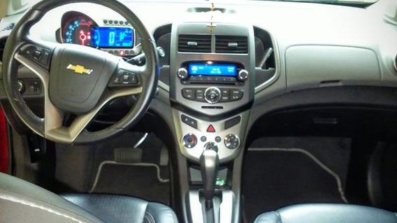 Sucata Chevrolet Sonic Sedan Para Venda De Peças