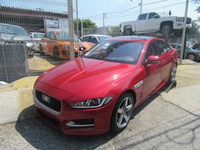 Jaguar Xe Rojo 2016