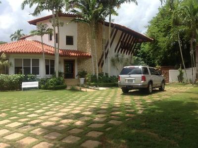 Villa En Casa De Campo, Vivero, Us850,000 Rebajada Us750,000