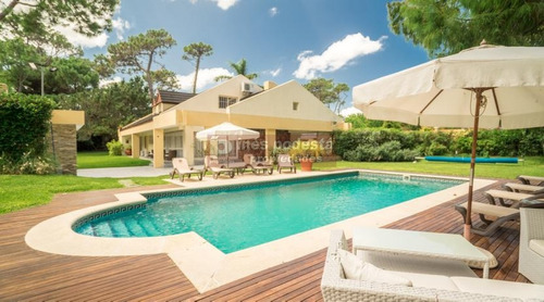 Casa En Punta Del Este, Mansa | Ines Podesta Ref:4803- Ref: 4803