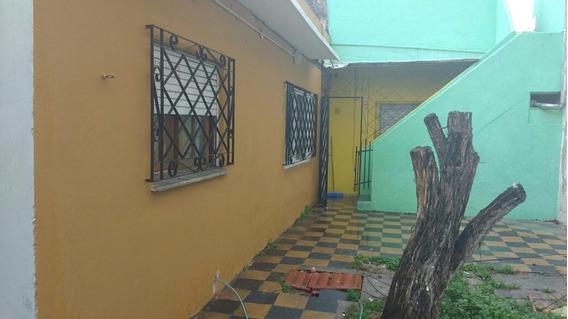Vendo Casa De 5 Ambientes Y 2 Baños . Matanza 167 .