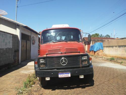 Imagem 1 de 6 de Mercedes Benz 1313