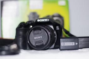 Camera Sony Alpha 3000