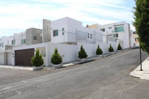Casa En Venta En Lomas Del Cimatario, Queretaro, Rah-mx-20-832