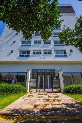 Apartamento Em São Sebastião, Porto Alegre/rs De 60m² 2 Quartos À Venda Por R$ 405.000,00 - Ap180902