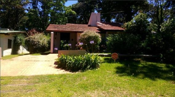 Hermosa Casa En Valeria Del Mar (valor Por Dia)