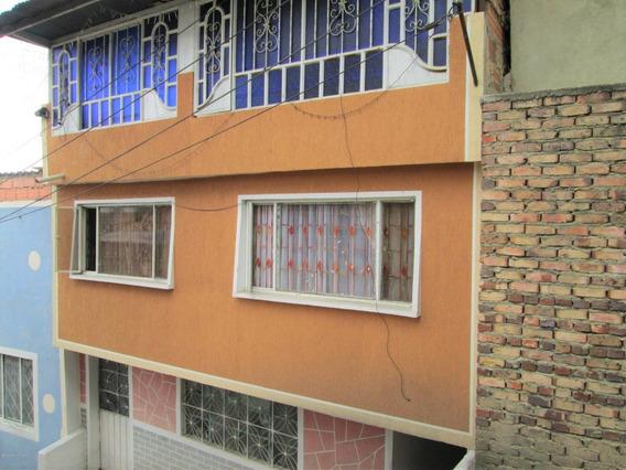 Casa En Venta En Rafael Uribe Mls 19-1022 Lr