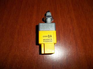 Valvula Sensor Luz De Freno Chevrolet Aveo Optra Gm Original