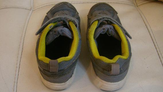 Remato Zapatos Nike Con Cierre Mágico.