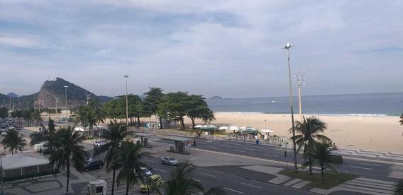 Apartamento Na Avenida Atlântica, Posto 2 Em Copacabana