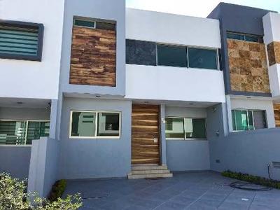 Casa 78-c Con Acabados De Lujo En La Cima De Zapopan