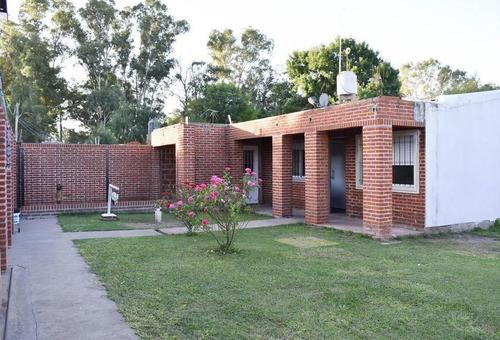 Casa Venta 2 Dormitorios 1 Baño 1 Patio 3 Cocheras 1140 Mts 2 Totales   - Lisandro Olmos