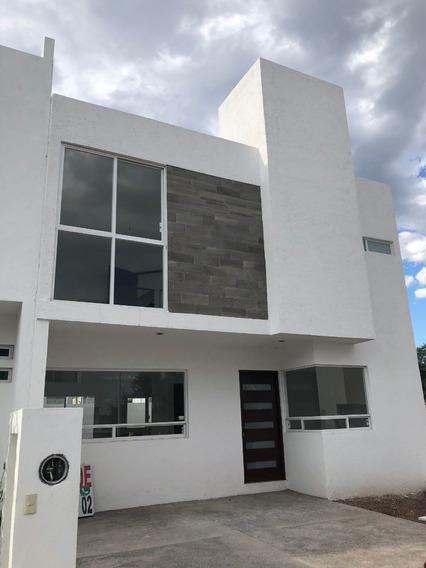 Se Vende Preciosa Casa En Zen Life I, 3 Recamaras, Jardín, 2.5 Baños, Alberca,.