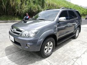 Toyota Fortuner 3.0 Td Aut. Modelo 2008 (754)