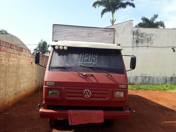 Caminhão Vw 7110 4x2 1991/1992 Com Bau (vt)