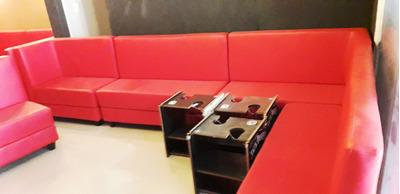 Vendo Jogo De Sofas Para Lounge E Mesas Para Narguile