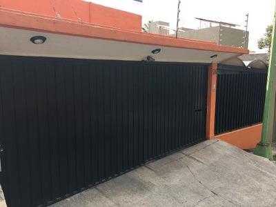 Casa En Venta En Lomas De Reforma