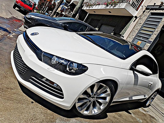 Volkswagen Scirocco 2.0 Tsi 211cv C/techo Manual Blanco!