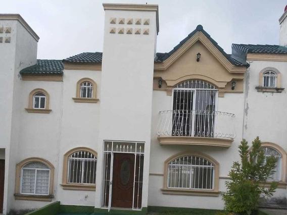 Renta De Casa En Fracc. Las Fuentes