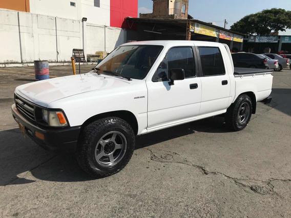 Toyota Hilux Doble Cabina 4x2 1994