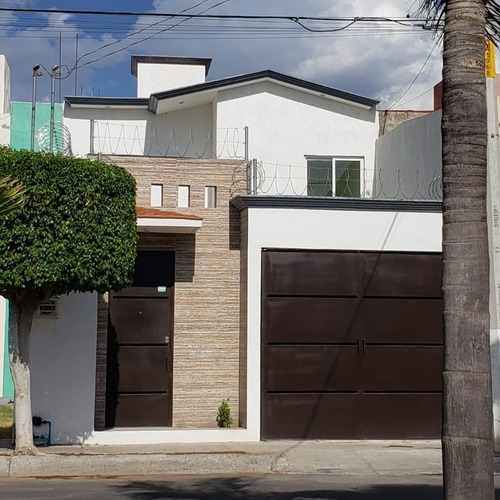 Hermosa Casa Fracc La Capilla, Celaya, Gto Venta O Renta