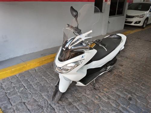 Imagen 1 de 8 de Honda  Scooter Pcx 150 2017