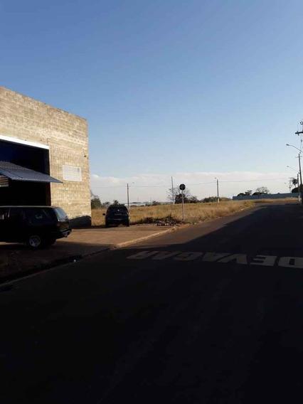 Galpão À Venda Na Rua Id Jorge Facuri, Pólo Industrial Guilherme Müller Filho, Pirassununga - Sp - Liv-3606