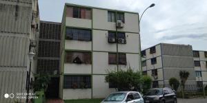 Apartamento En Venta En Monteserino San Diego Cod #20-925 Opm