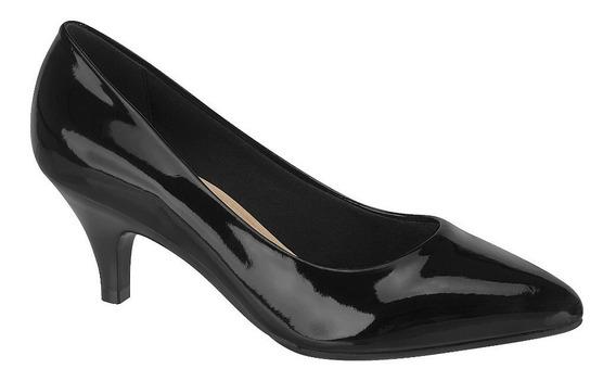 Zapatos Stilettos, Bajo
