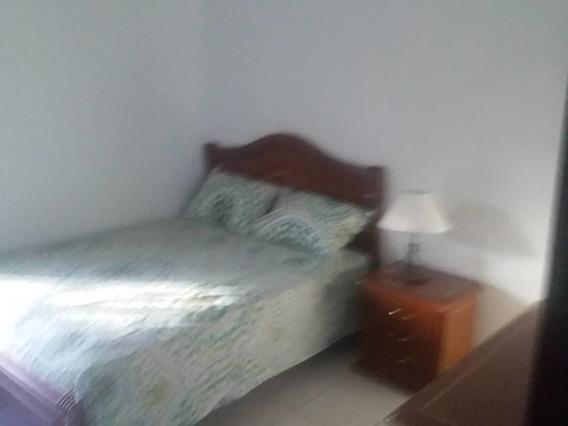Apartamento En Alquiler 04265330106