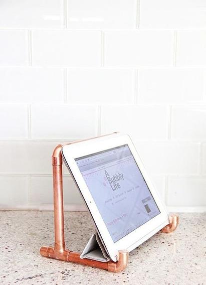 Suporte Tablet Ipad De Cobre Tubo De Cobre Metal Arte