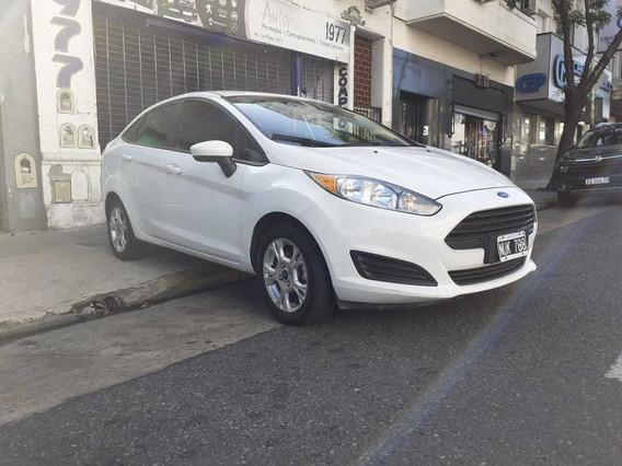 Ford Fiesta Max Año 2014!!! Nuevo!!! 4 Puertas Permutas Fac