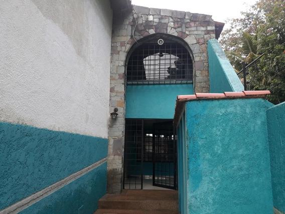 Casas En Venta El Parral Valencia Carabobo 20-4421 Prr