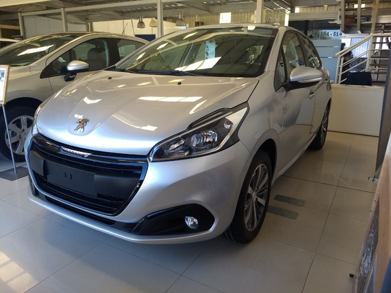 Peugeot 208 Feline 1.6 Robayna 0 Km Año 2020 Blanco Gris