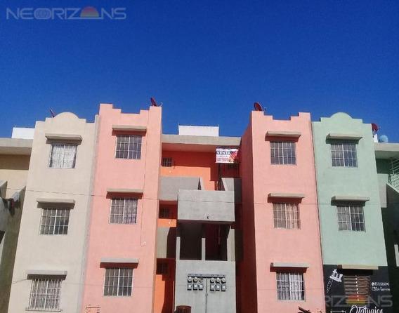 Departamento En Venta. Fracc. Canarios, Altamira, Tam.
