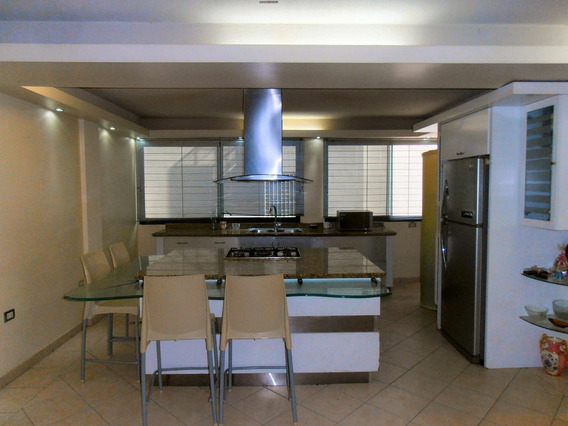 Impecable Apartamento Venta En Urb San Jacinto Zp20-21897