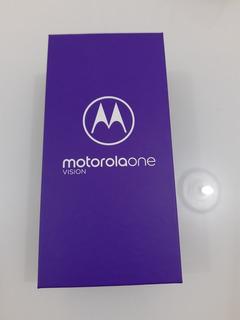 Motorola Moto One Vision **semi-novo**