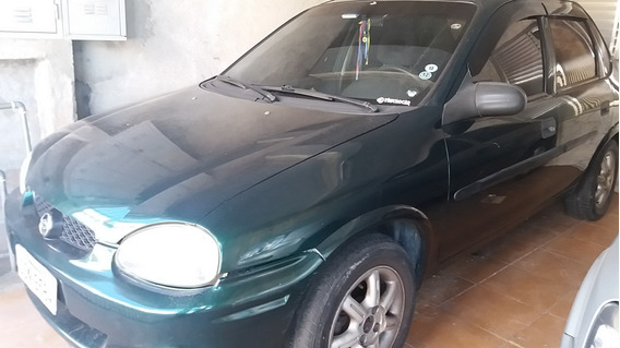 Corsa Sedan Super 1.0 Mpfi 16v 4p - 2000