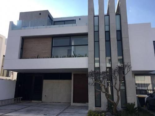 Casa En Venta, Lomas De Angelopolis, Parque Zacatecas.