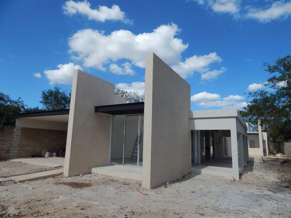 Exclusiva Y Lujosa Casa De Concepto Al Norte De La Ciudad.