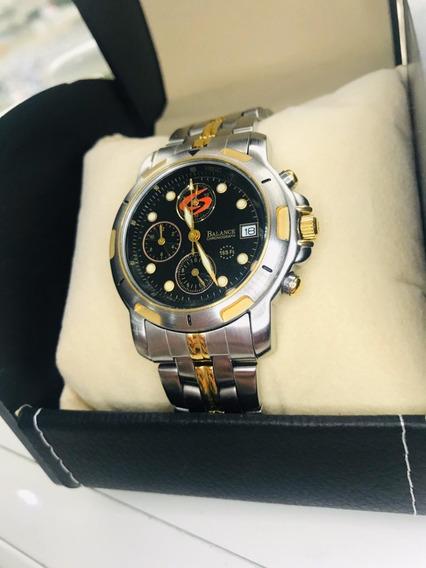 Relógio Balance Prata Com Dourado