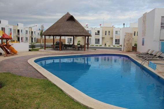 Casa En Condominio, 3 Recamaras, 2 ½ Baños, Alberca, Palapa