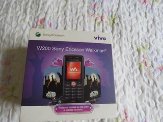Celular Sony Ericsson W200i - Sem Bateria - Usado