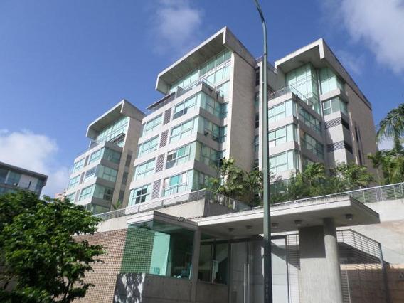 Espectacular Apartamento En Lomas Del Sol 19-12237