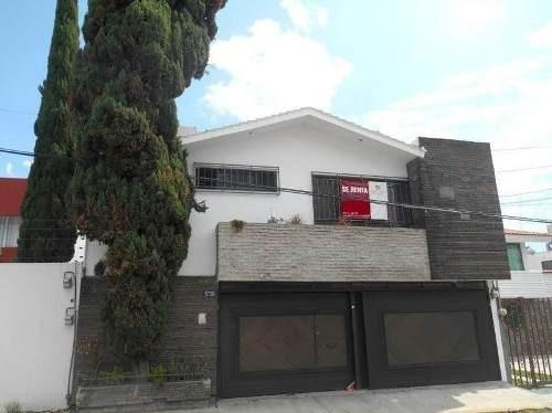 Casa En Venta En Villa Encantada
