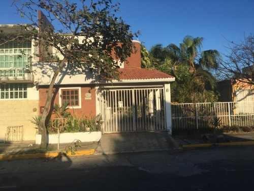 Casa Sola En Venta Fracc. Geo Villas Rincon De Los Pinos