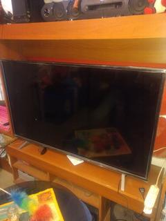 Oferta... Televisor Hyundai 55 Pantalla Rota Para Repuestos