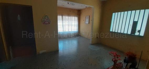 Casa En Venta Centro Barquisimeto 20-7248 Mz